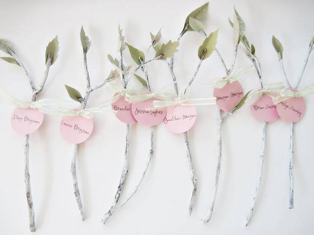 DIY: Branch and Paper Leaf Placecards