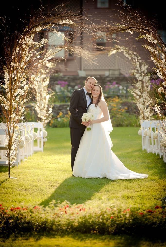 Garden Chic Vermont Wedding by Landwehrle Photography