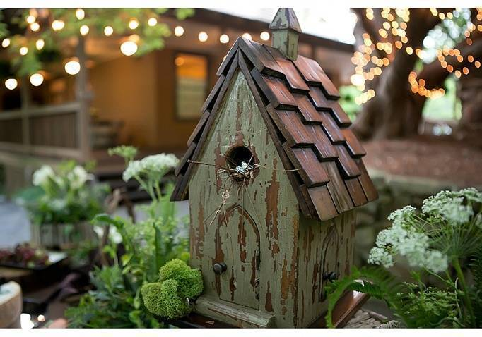 bird house wedding decoration