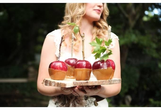 apple wedding theme
