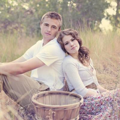 Jack & Jill Inspired Engagement by The Photo Boothe