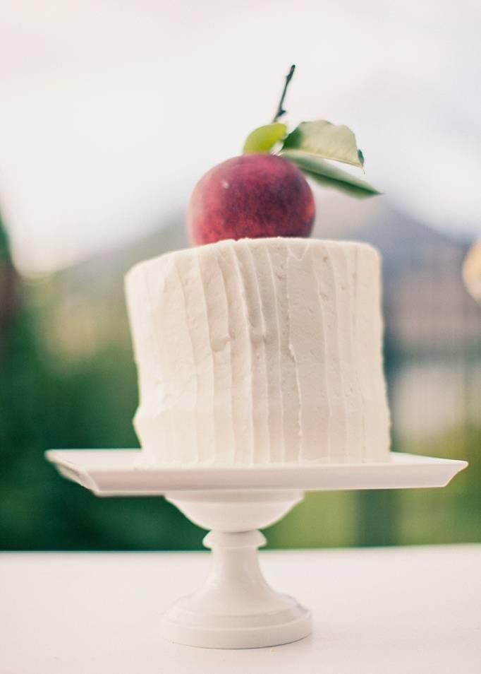 orchard wedding cake