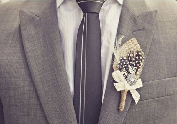 DIY: Rustic Burlap & Feather Boutonniere