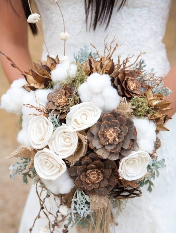 fall winter rustic wedding bouquet