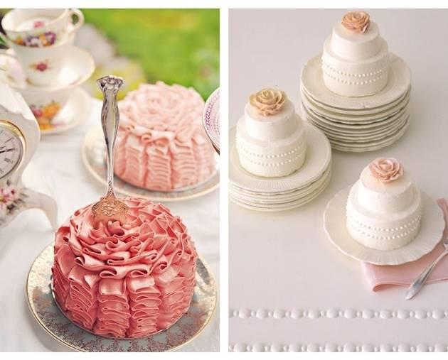 pink ruffle mini cake
