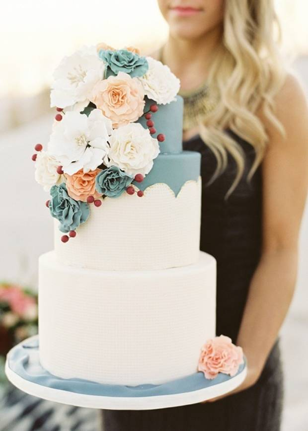 Rustic Winter Wedding Cakes