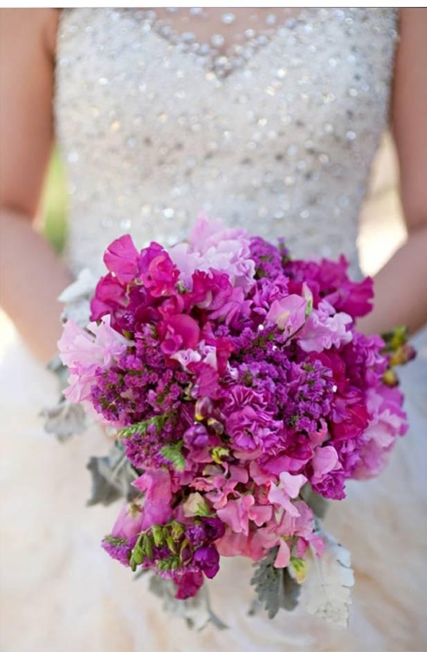fuchsia sweet pea bouquet
