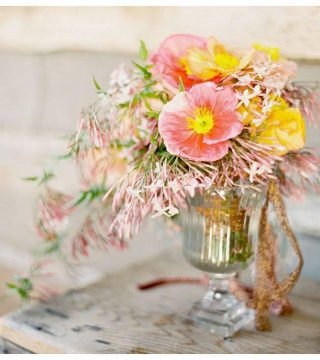 pink poppy and jasmine bouquet