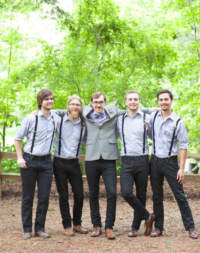 casual looks for groomsmen