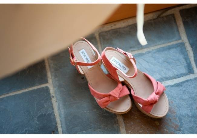 pink steve madden wedge sandals