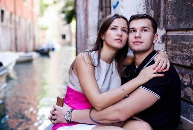 Surprise Engagement in Venice, Italy {from Luca Faz Photography}