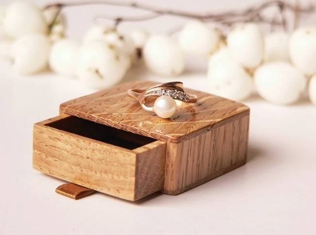 wood box for engagement rings