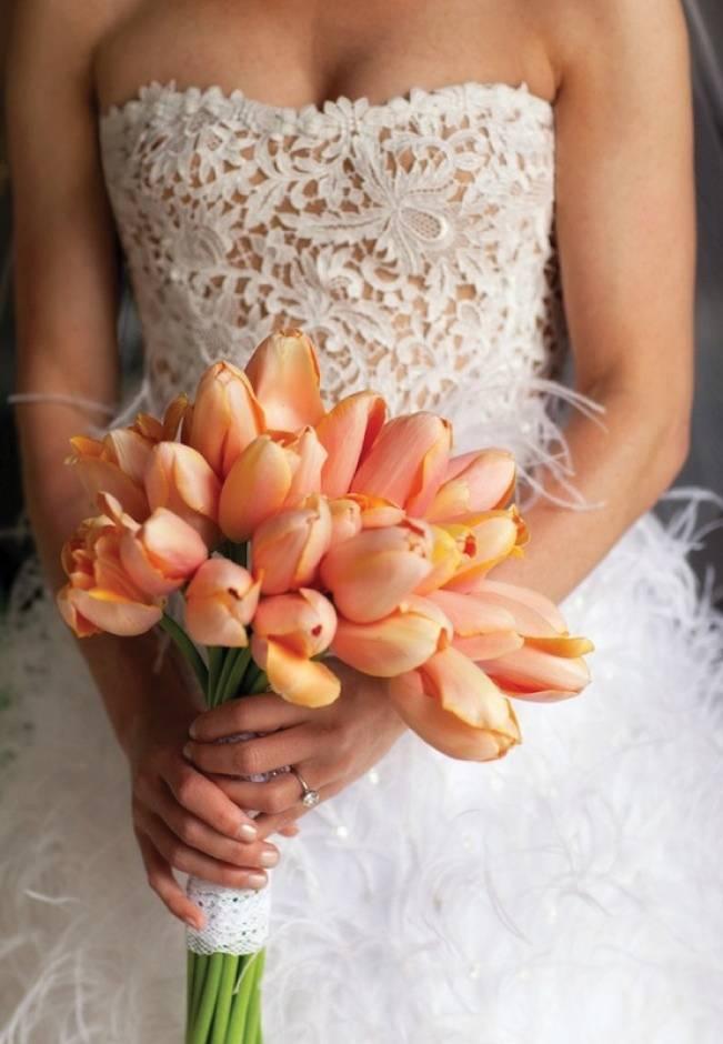 orange gold sherbet tulip bouquet