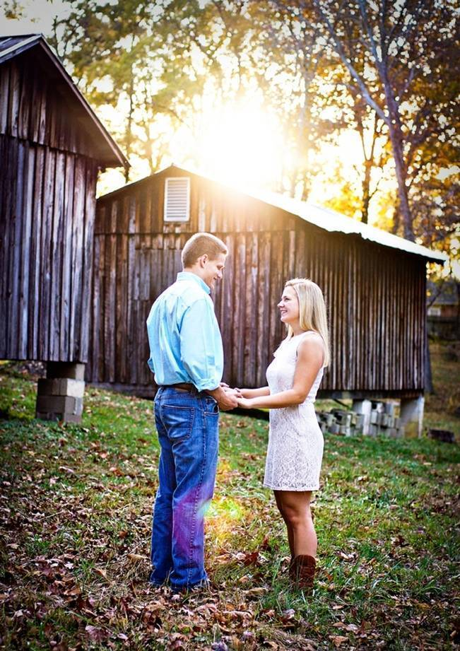 Rustic Alabama Engagement {from Amanda House Photography}