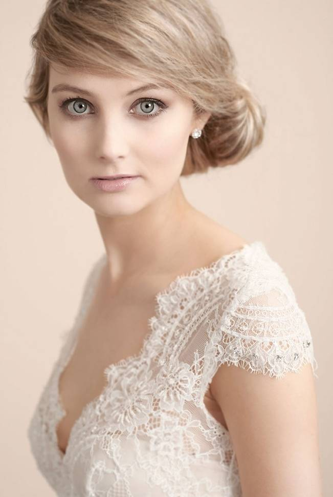 lace caplet sleeve wedding gown