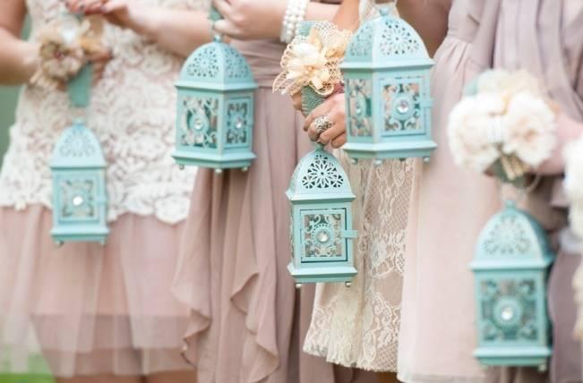 lanterns bridesmaid bouquet alternatives