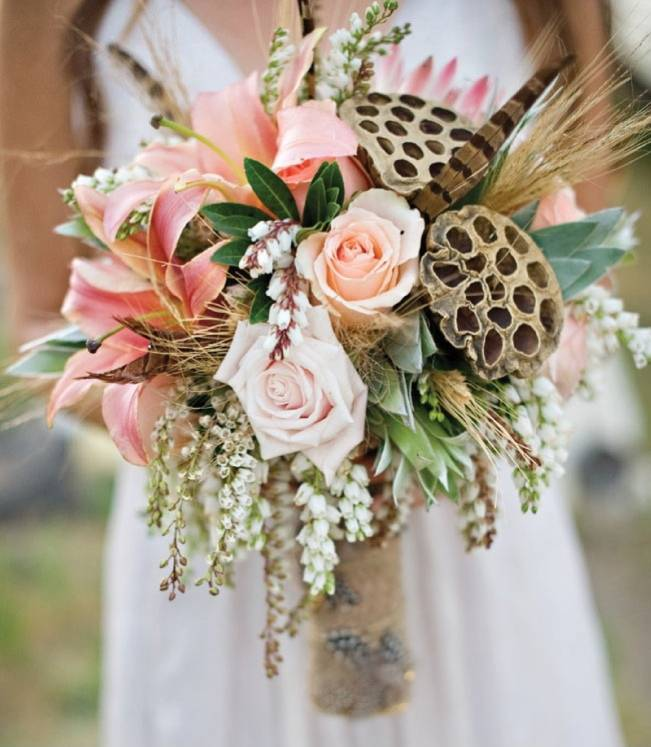 rustic feather and honeycomb bouquet