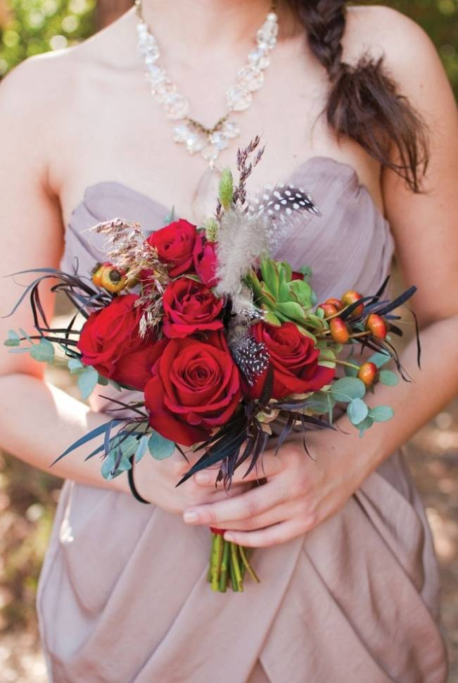polka dot feather bouquet