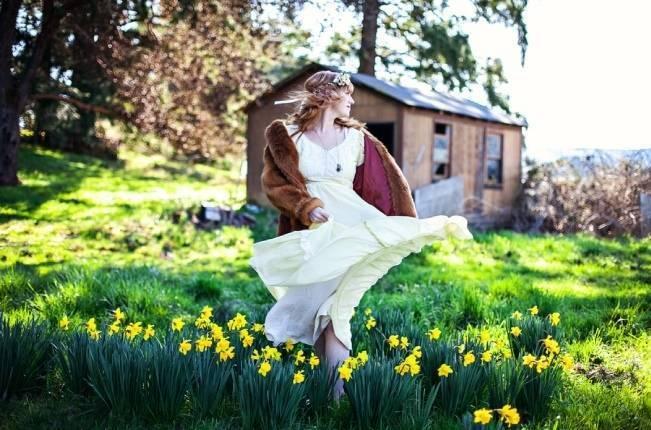 Gunee Sax dress rustic wedding