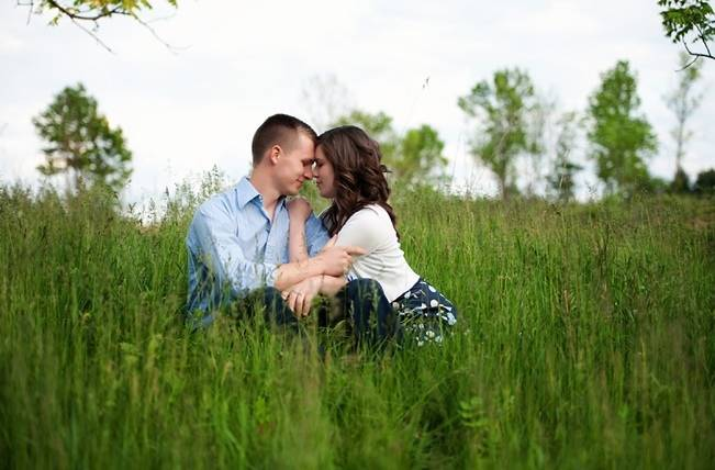 Spring Meadow Engagement {from David and Stephanie Weddings}