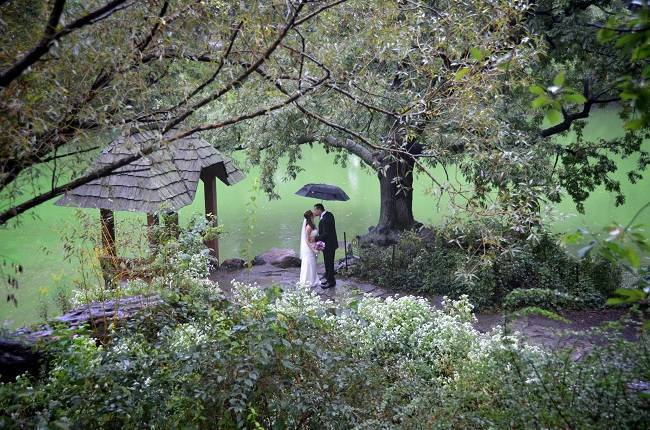 Natural Weddings in NYC: Interview with A Central Park Wedding