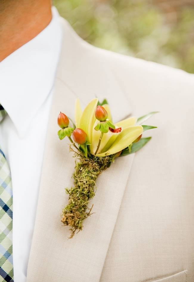 Rustic Boutonniere Ideas