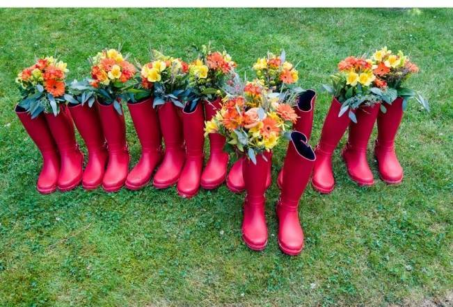 red rainboots, rain boot wedding