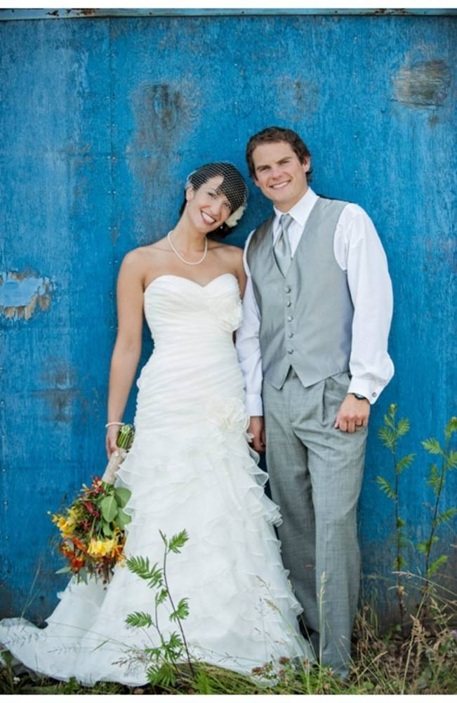 blue barn wedding