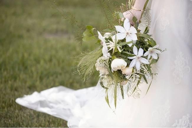 Vermont Rustic Wedding at Lareau Farm {Dreamlove Photography}