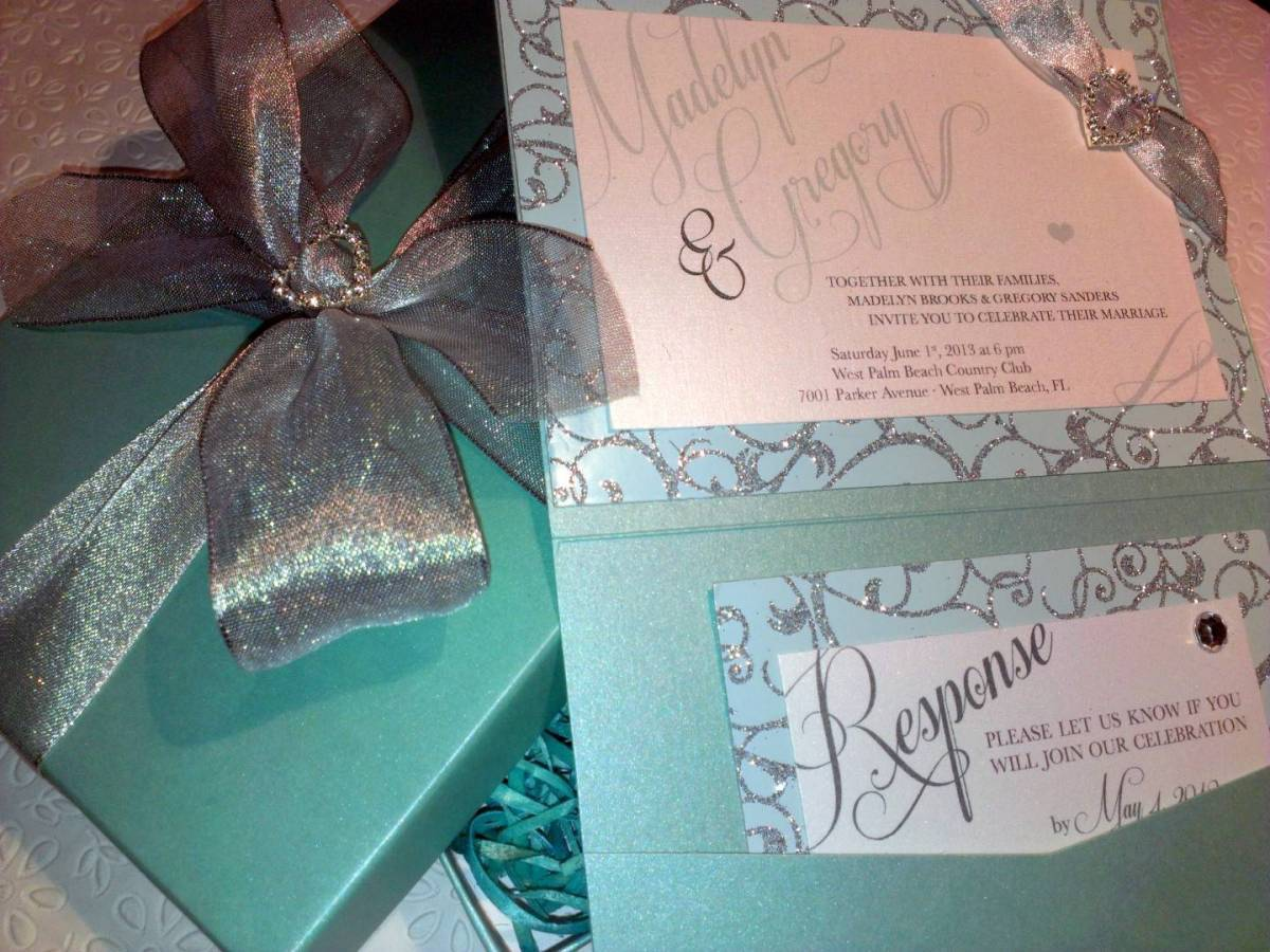 Music Box Invites – Tiffany Blue