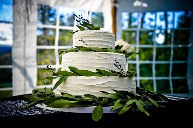 rustic olive leaf cake