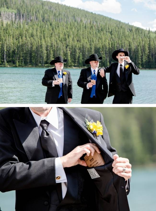 custom flasks for groomsmen