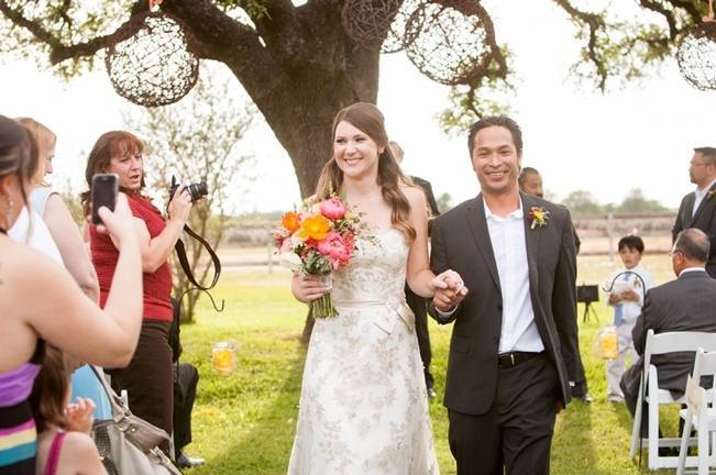 rustic vineyard wedding ceremony