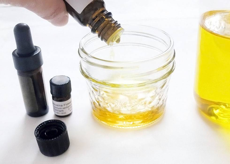 how to mix solid perfume