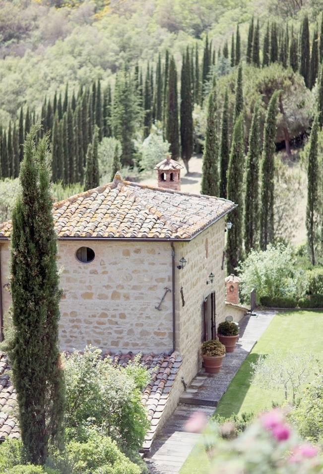 Umbria, Italy Destination Wedding {Simply Bloom Photography}
