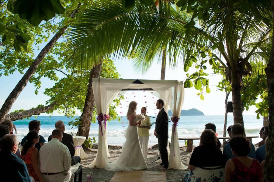costa rica beach wedding at punto de vista