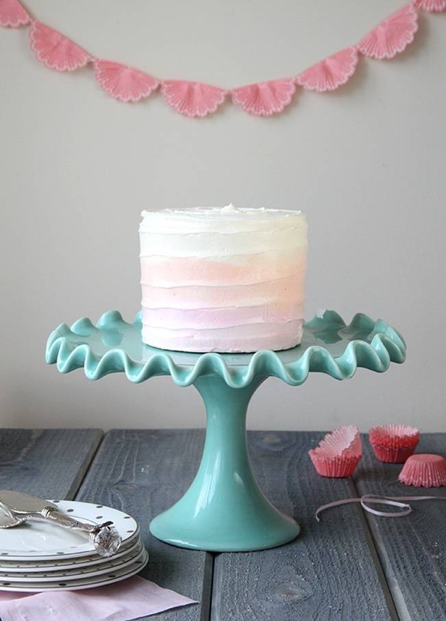 simple buttercream ombre cake