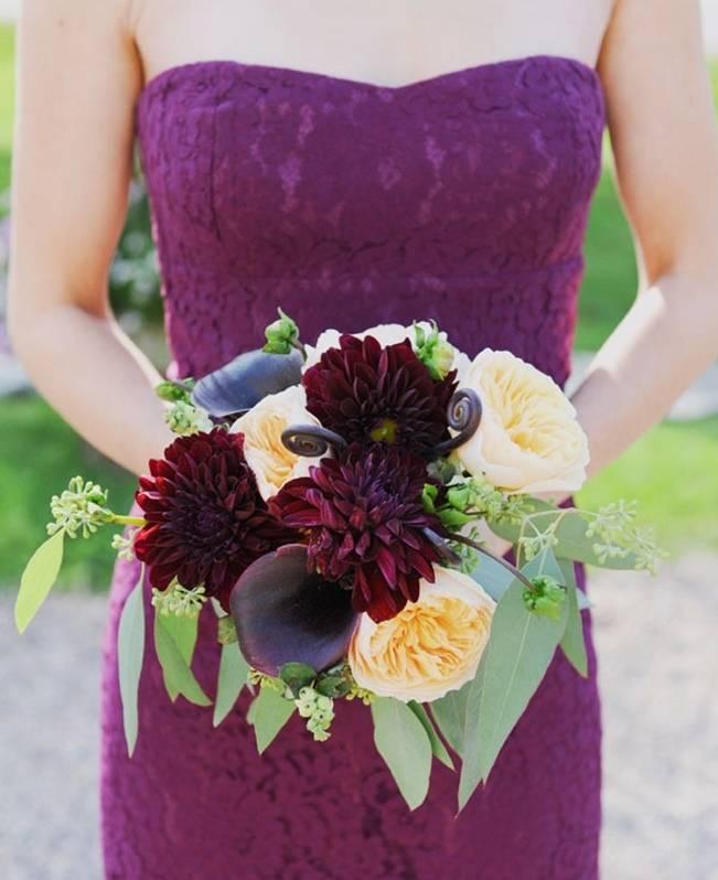 purple plum bridesmaid dress bouquet