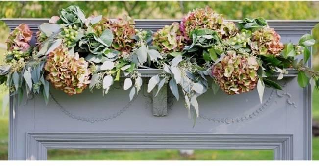 wedding arch with hydrangeas