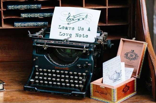 vintage typewriter for wedding guestbook