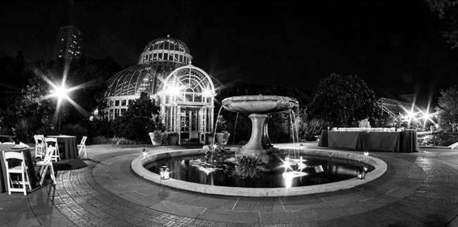 brooklyn botanic gardens at night