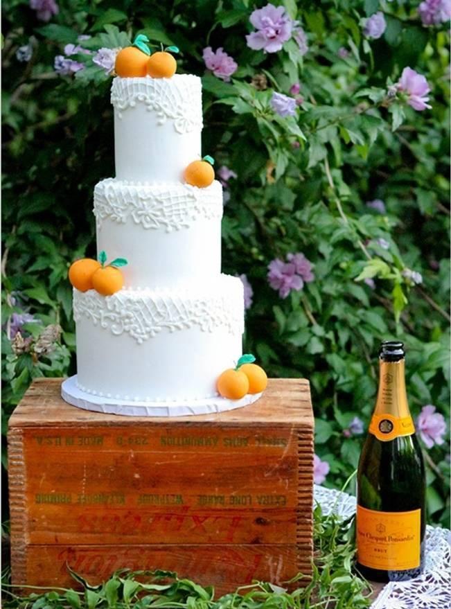 orange and lace cake