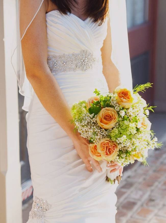 peach and green bridal bouquet
