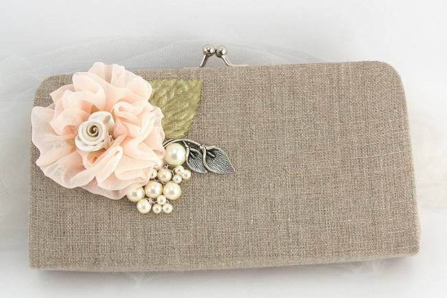 Wedding Day Adornments: Clutches