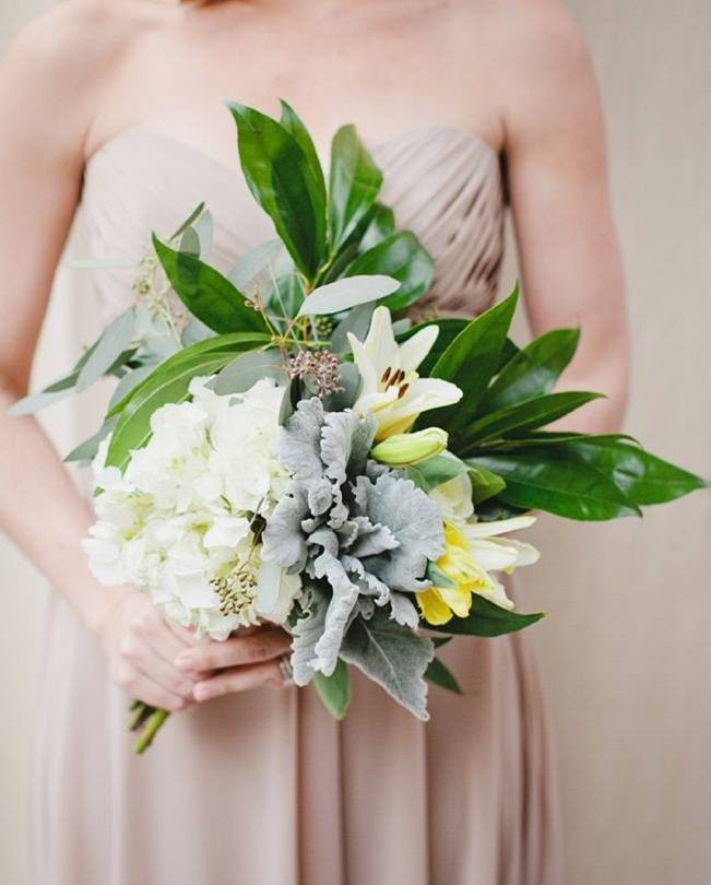 pale bouquet with dusty miller and lilies