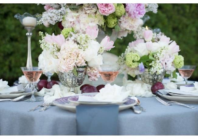 french floral tablescape blush pink