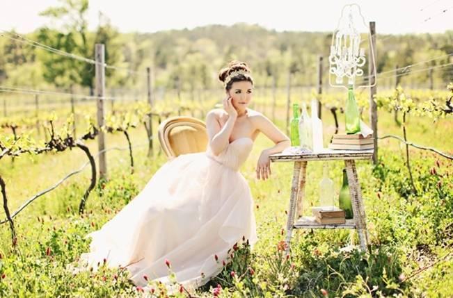 rustic wedding table at vineyard