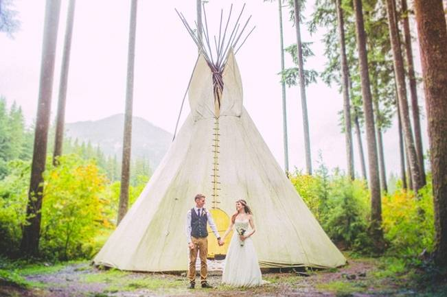 Earthy Autumn British Columbia Wedding {Love Out Loud Studios}
