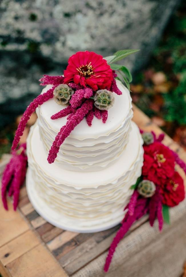 red and pink fall wedding cake