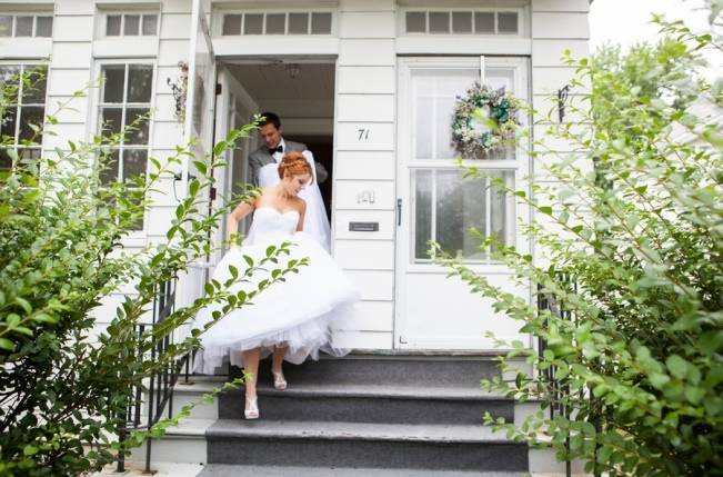Pink Garden Wedding at Altamont Manor {Caitlinn Mahar-Daniels Photography}